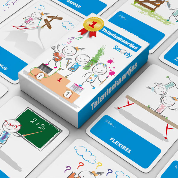 educatief spel Talentenkaartjes van smoely liggend op tafel met doosje